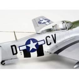 Aeromacheta Revell - Avion P-51 D Mustang, scara 1:72