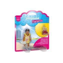 Set Playmobil City Life - Fetita In Tinuta De Vara 6882