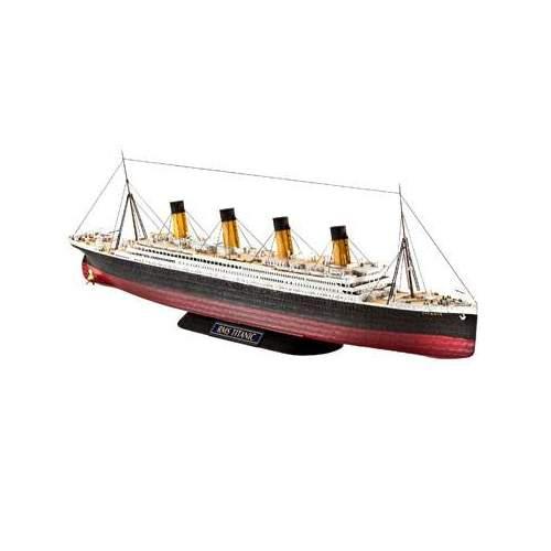 Navomachete Revell R.M.S. Titanic